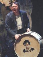 Канио - Владимир Галузин. Сцена из спектакля 'Паяцы' Р.Леонкавалло. Национальный оперный театр Мадрида