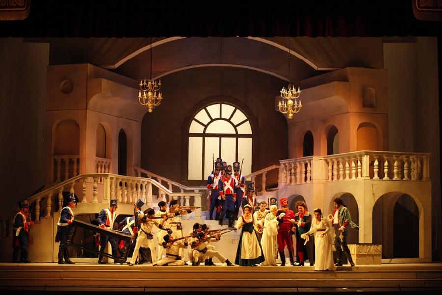 Комедийное оперное представление и «язык оригинала»