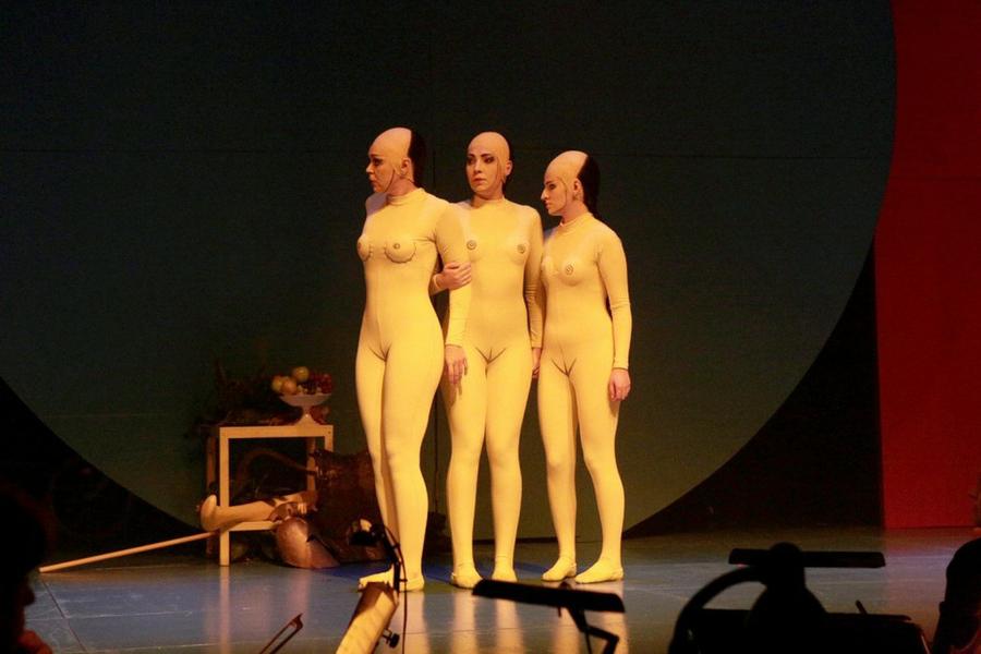 Спектакль актеры ню голышом 11