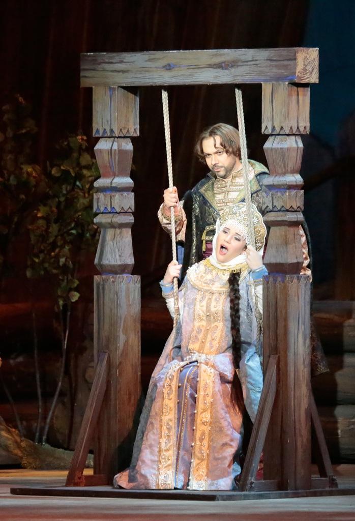 На урале чешские постановщики и словацкий маэстро представили одну из самых известных в мире славянских опер